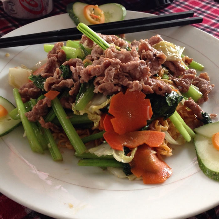 www.singapbyart.com-ho-chi-minh-city-saigon-food-veggie-salad.jpg