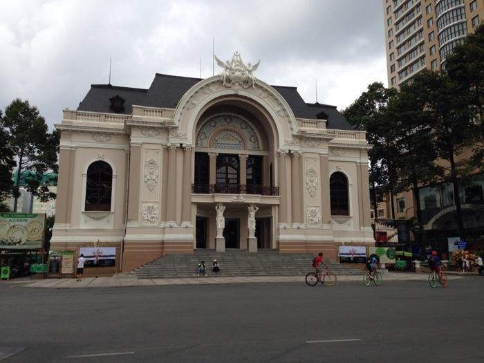 www.singapbyart.com-ho-chi-minh-city-saigon-municipal-theatre.jpg